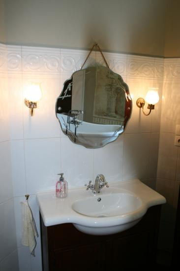 chambre rose lavabo